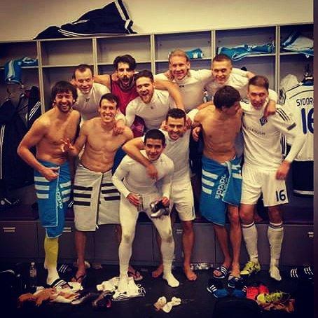 Динамо Киев успешно проходит группу ЛЧ 2015-2016
