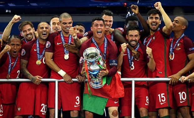 Французы проиграли домашний финал Евро-2016